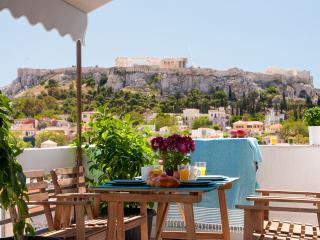 LUXURY PENTHOUSE 1 -ACROPOLIS VIEW, Athene