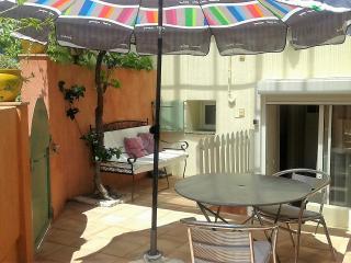 appartement  vacances coquet prés des criques, Collioure