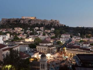 LUXURY PENTHOUSE 2 -ACROPOLIS VIEW, Atenas