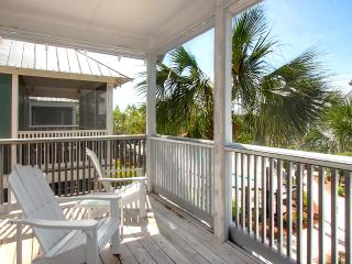 Barefoot Cottages B29-2BR-AVAIL7/31-8/7 -RealJOY Fun Pass-15%OFF5/31-8/13! PoolFront, Port Saint Joe