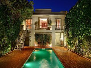 Spectacular 3900sf. Ultra Luxury, 3BR+GH/6BA House