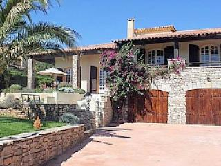 Marseillan, luxury villas in South of France with pool (Ref: 1016)