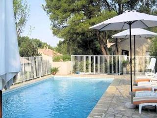Montpellier villa rentals France with pool (sleeps 2) (Ref: 1000)
