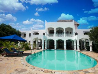 Swahili-style 5 bedroom luxury villa