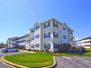 Beautiful Condo Close to the Beach, Rehoboth Beach