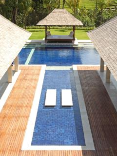 Villa Asante - Semi-aerial of pool