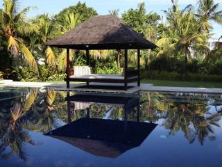 bali Holiday Villa 27034