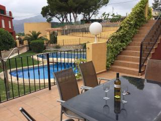 Family Holiday Townhouse with Pool, Sanet y Negrals