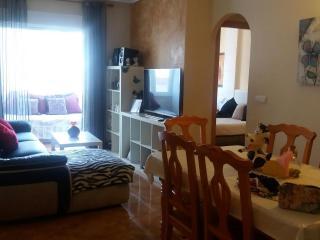 Excelente piso con Piscina cerca de playa y centro, Torrevieja