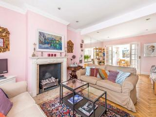 Sloane Square 3 Bedroom Townhouse  (876)