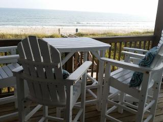 Beautiful Oceanfront Views, 3 Br Townhome, Family- Friendly