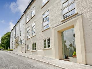 Baby Friendly Luxury Apartment, Malvern, Sleeps 2