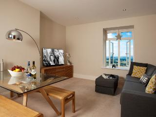 The Views, Luxury Apartment, Malvern, Sleeps 2