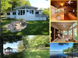 Beautiful Waterfront Home with Beach, Gananoque