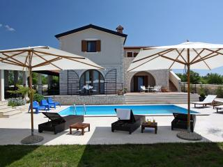 Villa Histra - relax in peace and complete privacy, Vodnjan