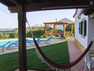 Casa dos Cedros- Tranquility near mountain & river, Tomar