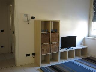 - San Martino - Appartamento con una camera, Lecco