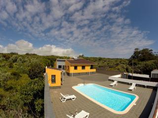 Vivenda das Oliveiras - natureza e privacidade, Praia da Vitória