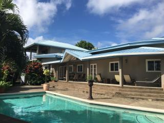 BEACHFRONT VILLA (POOL & BEACH ACCESS) with WIFI - Casa Cassini Tobago, Scarborough