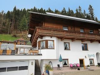 Anita, Tirol