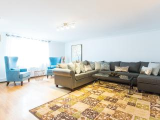 4BDR APARTMENT MIN TO CENTRAL PARK
