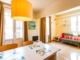 Sunny and lovely flat in the heart of the city!, Barcelona