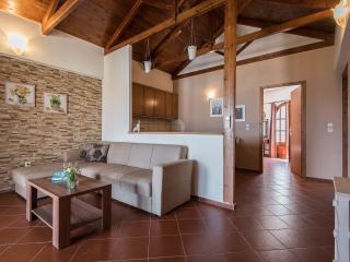 Castello Domus-Crete Residences, Panormos