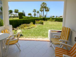 Lovely apartment with garden and seaviews, Mijas