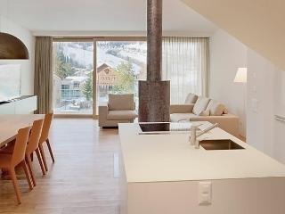 Suite 07-03, Flims