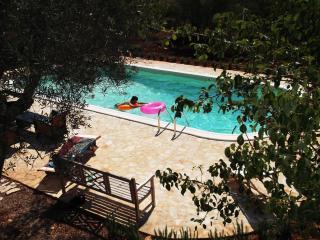 Trullo ODELIA avec piscine à l'eau salée, Ceglie Messapica