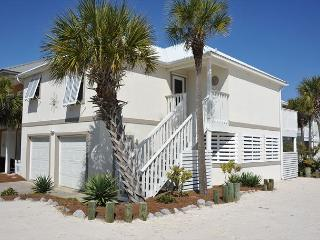 Fall Special! Only $125/nt! Call now! Gorgeous 2/2 private home!, Navarre