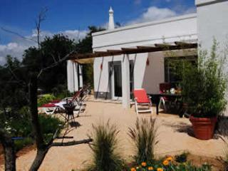 RELAX IN A QUIET, WELL-EQUIPPED Algarve-APARTMENT