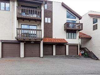 Charming & Sunny 3BR Vail Valley Townhouse – Steps to Eagle-Vail Golf Course