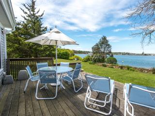 MILLP - Waterfront on the Lagoon,  Charming Luxury Home with  Cottage Style Decor, Vineyard Haven
