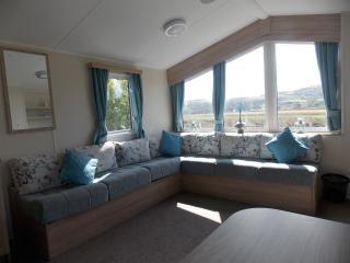 Presthaven Deluxe 8 berth Caravan