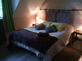 room bed and the aviary, Boulogne-sur-Mer
