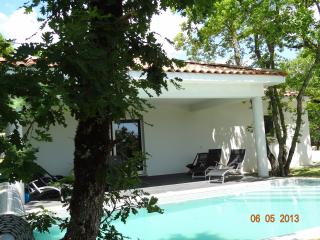 'les cayrous' house with heated pool