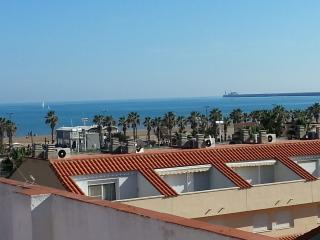 APARTAMENT SUITES ATICO VALENCIA BEACH, Valencia