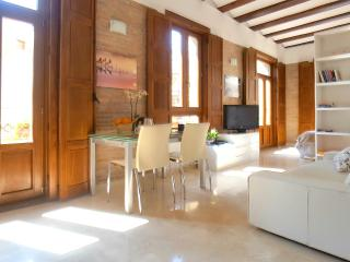 Charming loft Plaza Redonda -1, Valencia