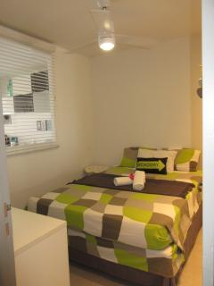 Chambre avec lit queen size 160 cm