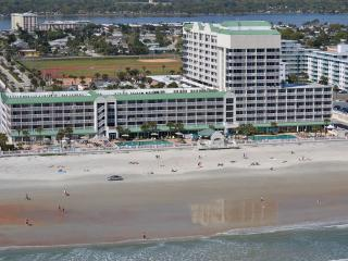 OceanFront 5th Floor Studio - Daytona Beach Resort