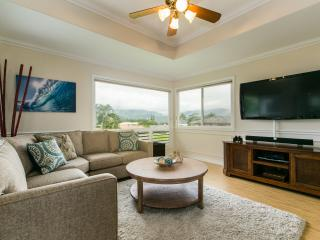 5BR, Mountain, Waterfalls and Hanalei Bay Views!, Princeville