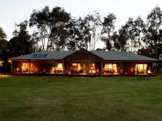 Lazy River Boutique Bed and Breakfast, Perth