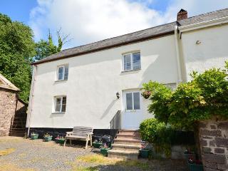 DARTG Cottage in Chulmleigh, North Tawton