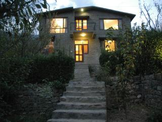 The Secret Cottage: Exclusive, Independent Cottage, Manali