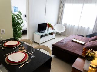 NIce cozy flat 1 room - 2 baths Copacabana/Ipanema