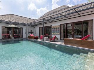 4 Bedrooms Villa Sam Seminyak