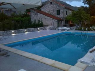 Green Paradise, vacation rental home-Dubrovnik