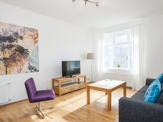 Hverfisgata Superior 2 bdrm apartment, Reikiavik