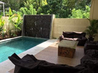 Beautiful cosy villa 4 BR, Jimbaran